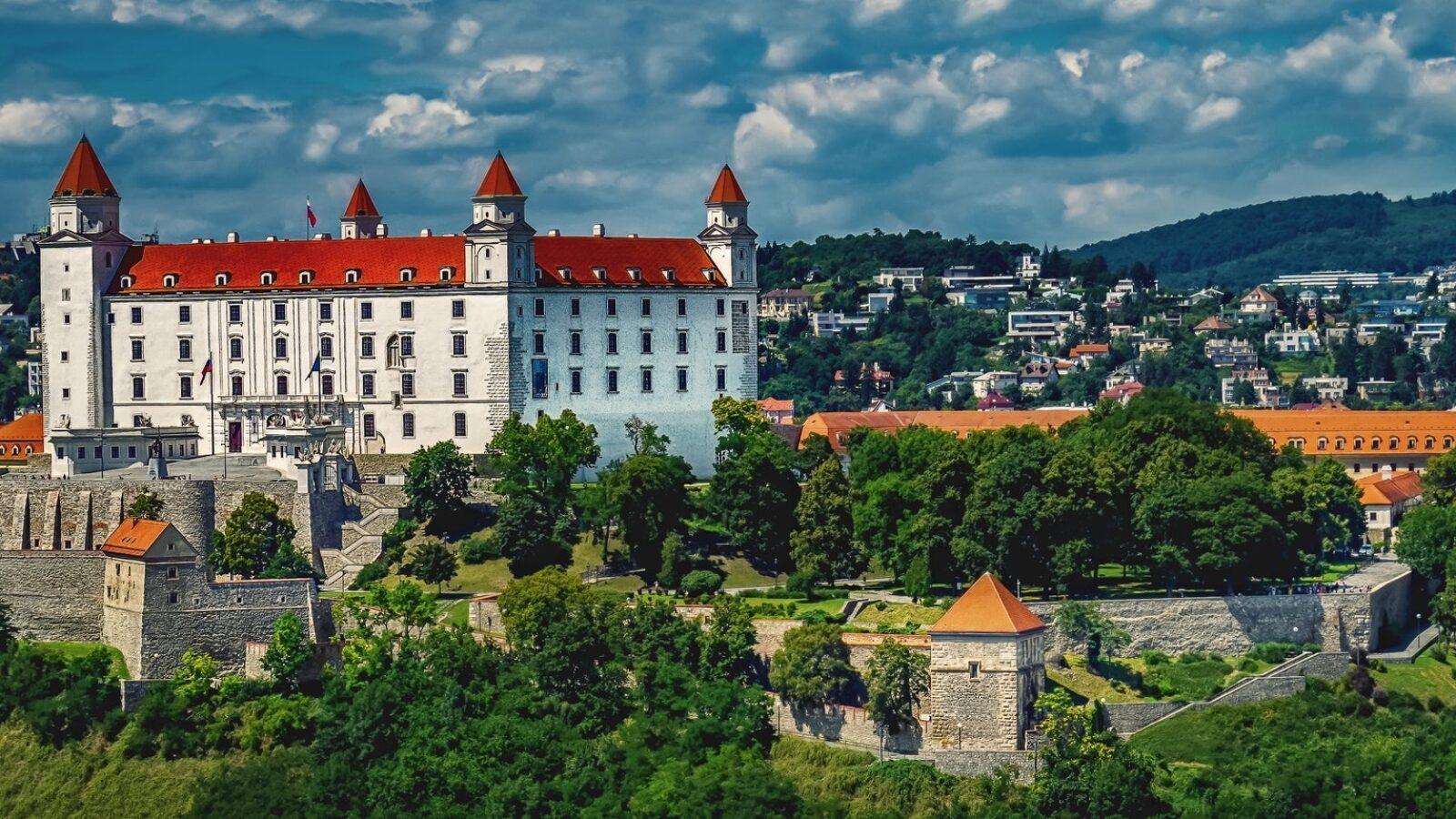 Как выучить Словацкий язык и учиться бесплатно в Европе